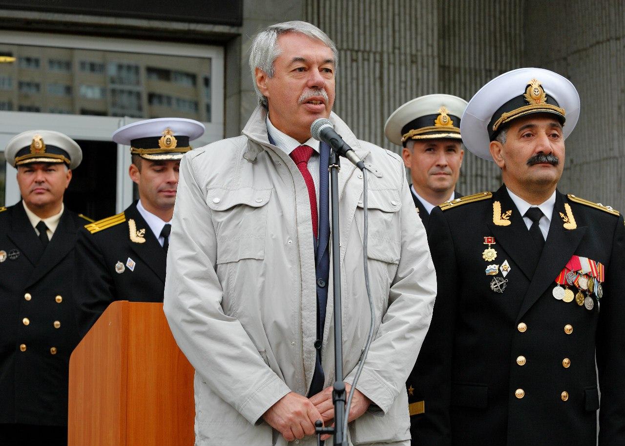 Первое учебное заведение российских офицеров